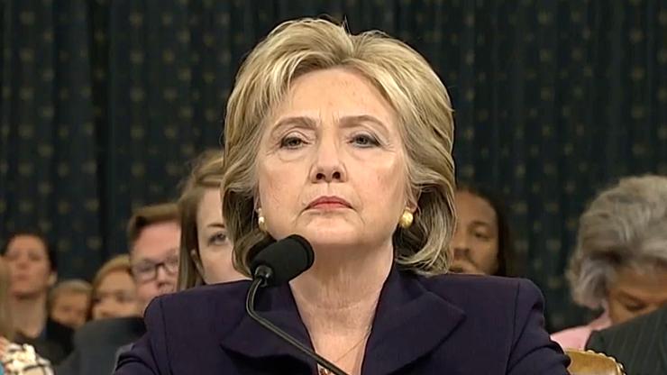 """""""To manipulacja"""". Sztab Clinton o wiadomości agencji AP na temat fundacji"""