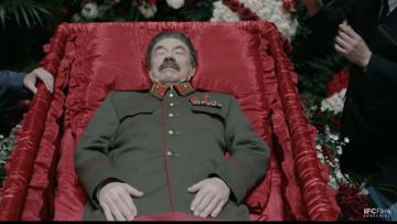 """Komedia """"Śmierć Stalina"""" wycofana z rosyjskich kin. """"Oskarżenia o ekstremizm i prowokację"""""""