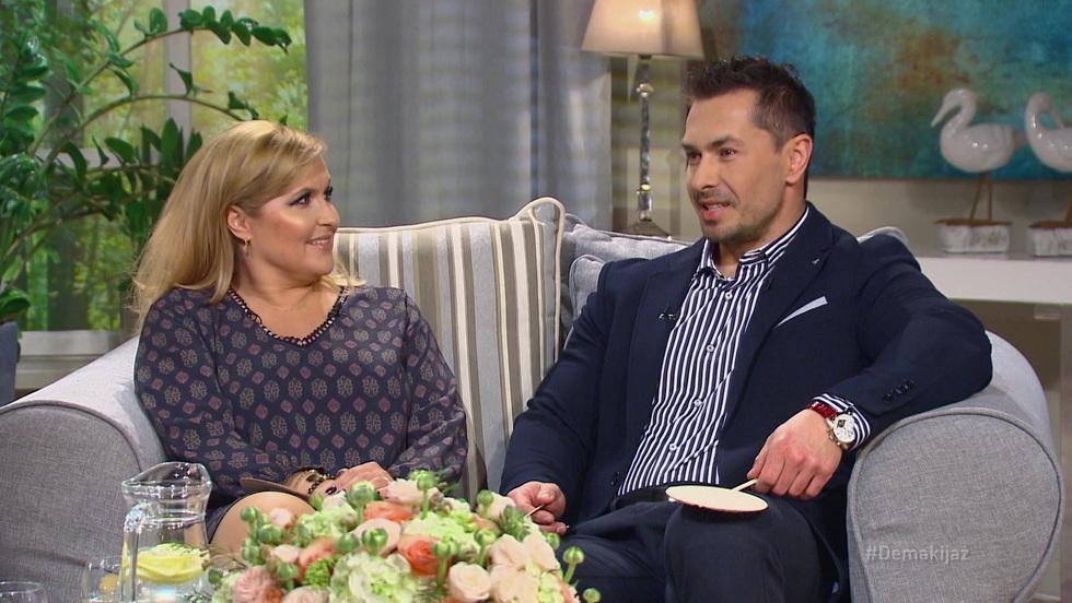 Demakijaż - Katarzyna Skrzynecka i Marcin Łopucki
